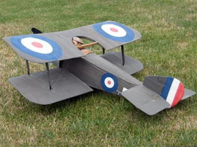 Sopwith Bee (oz9855) by Mike Roach from Flying Scale Models 2003