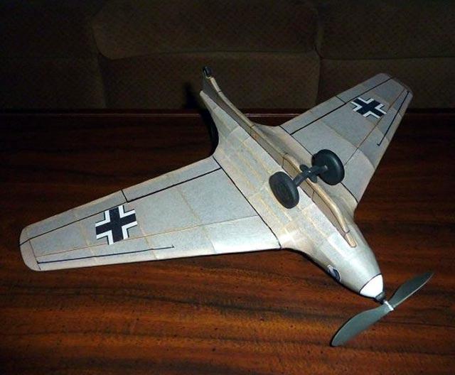 Messerschmitt Me 163 Komet - oz12462 - Neal Green