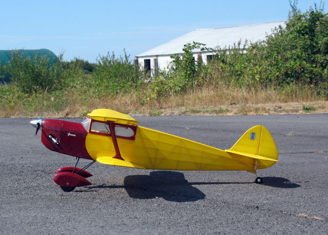Elf Biplane Senior - oz13 - PhilipL