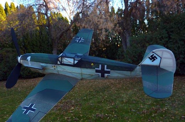 Messerschmitt Me 109 - oz145 - Neal Green