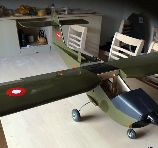 Saab MFI-15 Safari - oz8844 - Peter Schmidt